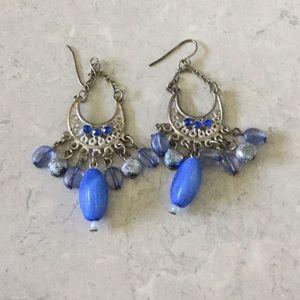 Jewelry - Blue stone dangly Earrings